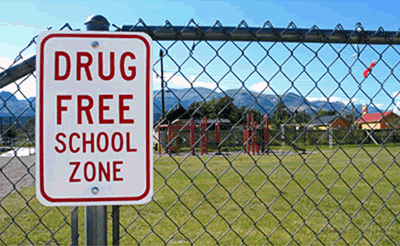 a discussion on the obligatory drug tests in american highschools The effectiveness of mandatory-random student drug testing (ncee  write to  ed pubs, us department of education, po box 22207, alexandria, va 22304   substance use than comparable students in high schools without mrsdt.