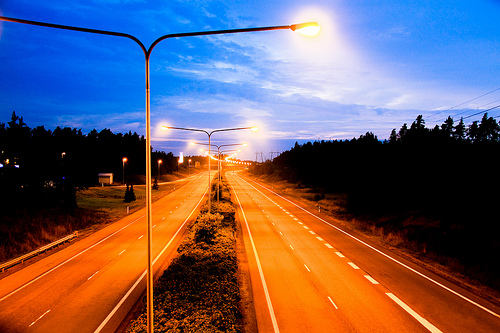 A late-night view of a clear Helsinki highway. Image by Bishwo Gimire.