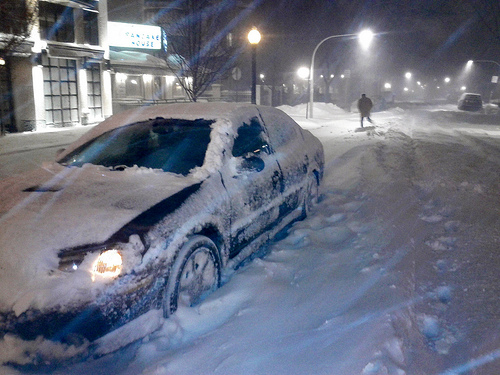 Car in Chicago blizzard