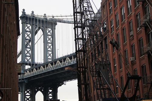 The Manhattan Bridge seen from DUMBO