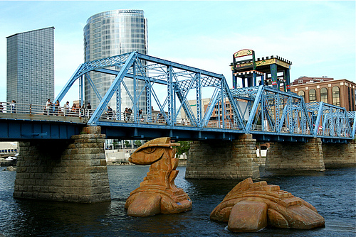 grand rapids bridge with Loch Ness Monster statue