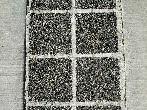 permeable concrete sidewalk